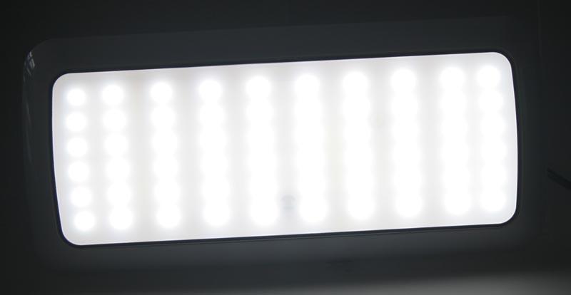 PROFI LED osvětlení interiéru univerzální 12-24V 60LED