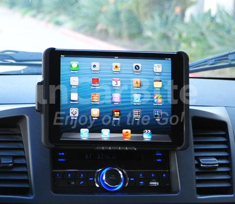 2DIN rádio s USB a s možností instalace držáku pro telefon/tablet