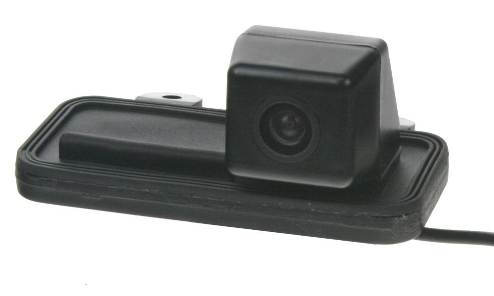 Kamera formát PAL do vozu Mercedes B v madle kufru