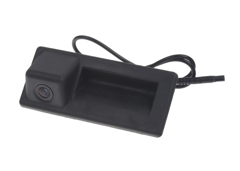 Kamera formát PAL/NTSC do vozu Audi / Škoda / Volkswagen v madle kufru